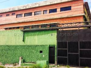 Galpon - Deposito En Ventaen Caracas, La Yaguara, Venezuela, VE RAH: 21-10071