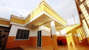 Casa En Ventaen Municipio Linares Alcantara, Las Amazonas, Venezuela, VE RAH: 21-10091