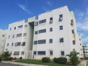 Apartamento En Ventaen Municipio Linares Alcantara, Conjunto Residencial Santa Barbara Suites, Venezuela, VE RAH: 21-10122