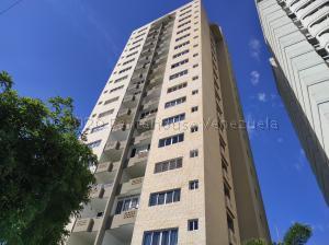 Apartamento En Ventaen Valencia, Las Chimeneas, Venezuela, VE RAH: 21-10149