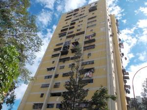 Apartamento En Ventaen Caracas, Caricuao, Venezuela, VE RAH: 21-10170