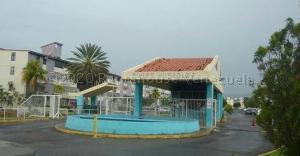 Apartamento En Ventaen Lecheria, Complejo Turistico El Morro, Venezuela, VE RAH: 21-10197