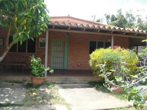 Casa En Ventaen Cabudare, Parroquia Agua Viva, Venezuela, VE RAH: 21-10203