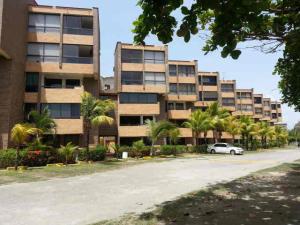Apartamento En Ventaen Higuerote, Cabo Codera, Venezuela, VE RAH: 21-10227