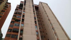 Apartamento En Ventaen San Antonio De Los Altos, Pomarosa, Venezuela, VE RAH: 21-10228