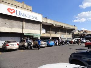 Local Comercial En Ventaen Caracas, Catia, Venezuela, VE RAH: 21-10242