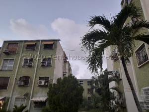Apartamento En Ventaen Puerto Cabello, Vista Mar, Venezuela, VE RAH: 21-11043