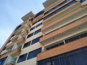 Apartamento En Ventaen Valencia, Agua Blanca, Venezuela, VE RAH: 21-10294