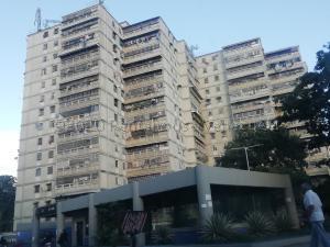 Apartamento En Ventaen Caracas, El Valle, Venezuela, VE RAH: 21-10307