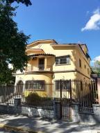 Casa En Ventaen Caracas, San Bernardino, Venezuela, VE RAH: 21-10346