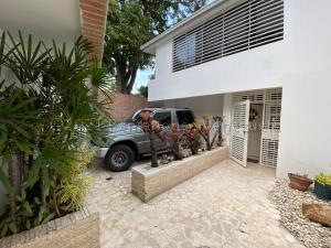 Casa En Ventaen Caracas, Colinas De Santa Monica, Venezuela, VE RAH: 21-12657