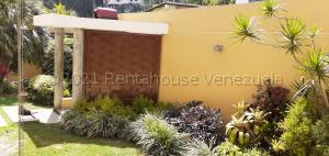 Casa En Ventaen Caracas, Los Naranjos Del Cafetal, Venezuela, VE RAH: 21-10420