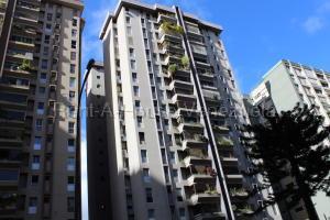 Apartamento En Ventaen Caracas, El Cigarral, Venezuela, VE RAH: 21-10444
