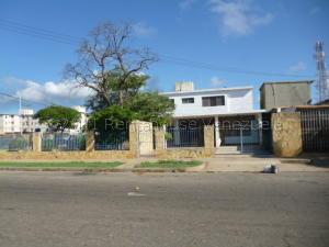 Casa En Ventaen Punto Fijo, Santa Fe, Venezuela, VE RAH: 21-10490