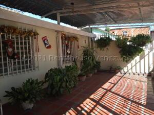 Casa En Ventaen Turmero, Sorocaima, Venezuela, VE RAH: 21-10744