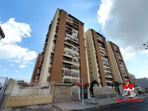 Apartamento En Ventaen Maracay, Base Aragua, Venezuela, VE RAH: 21-10521