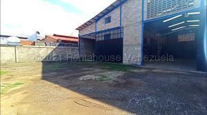 Galpon - Deposito En Ventaen La Victoria, Zona Industrial Soco, Venezuela, VE RAH: 21-10535