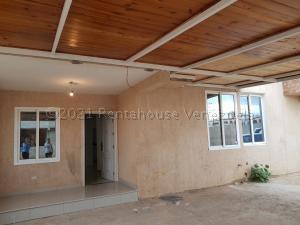 Casa En Ventaen Punto Fijo, Los Caciques, Venezuela, VE RAH: 21-10543