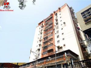 Apartamento En Ventaen Maracay, Zona Centro, Venezuela, VE RAH: 21-10546