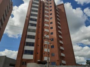 Apartamento En Ventaen Municipio Naguanagua, Manantial, Venezuela, VE RAH: 21-10557