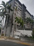 Apartamento En Ventaen Caracas, Los Naranjos Del Cafetal, Venezuela, VE RAH: 21-10590