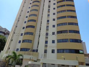 Apartamento En Alquileren Valencia, La Trigaleña, Venezuela, VE RAH: 21-10611