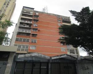 Apartamento En Ventaen Caracas, Parroquia La Candelaria, Venezuela, VE RAH: 21-10618
