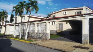 Casa En Ventaen La Victoria, El Recreo, Venezuela, VE RAH: 21-10613