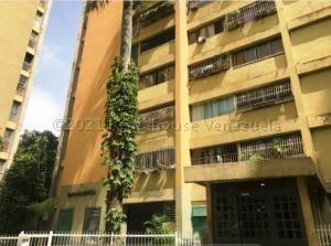 Apartamento En Ventaen Los Teques, Municipio Guaicaipuro, Venezuela, VE RAH: 21-10684