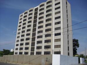 Apartamento En Ventaen Maracaibo, Valle Frio, Venezuela, VE RAH: 21-10820