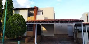 Casa En Ventaen Cabudare, Parroquia José Gregorio, Venezuela, VE RAH: 21-11116