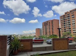 Apartamento En Ventaen Caracas, Colinas De La Tahona, Venezuela, VE RAH: 21-10780