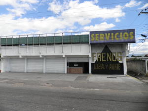 Galpon - Deposito En Ventaen Municipio Libertador, La Honda, Venezuela, VE RAH: 21-10786
