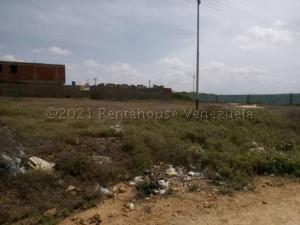 Terreno En Ventaen Punto Fijo, Santa Irene, Venezuela, VE RAH: 21-10855