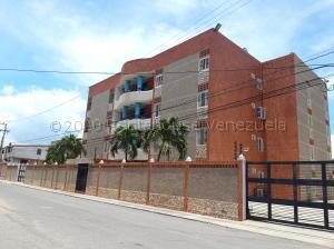 Apartamento En Alquileren Maracaibo, Avenida Goajira, Venezuela, VE RAH: 21-10890
