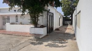 Casa En Alquileren Maracaibo, Tierra Negra, Venezuela, VE RAH: 21-10915