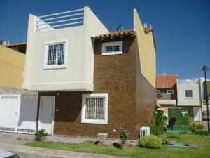 Casa En Ventaen Cagua, Corinsa, Venezuela, VE RAH: 21-10940