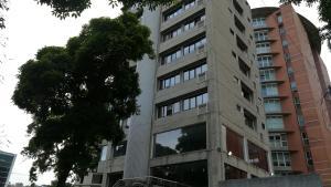 Apartamento En Ventaen Caracas, El Rosal, Venezuela, VE RAH: 21-10959