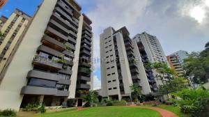 Apartamento En Alquileren Valencia, Valles De Camoruco, Venezuela, VE RAH: 21-10974