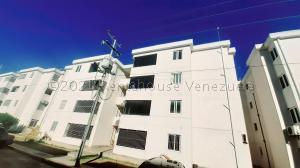Apartamento En Ventaen Cabudare, La Piedad Sur, Venezuela, VE RAH: 21-10979