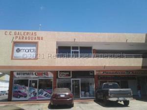 Local Comercial En Ventaen Punto Fijo, Puerta Maraven, Venezuela, VE RAH: 21-10982