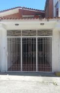 Casa En Alquileren Guatire, El Castillejo, Venezuela, VE RAH: 21-10993