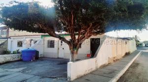 Casa En Alquileren Cabudare, Parroquia José Gregorio, Venezuela, VE RAH: 21-10999