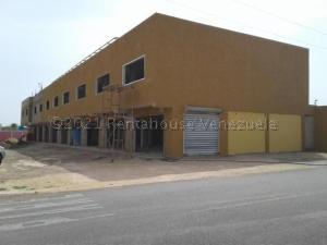 Local Comercial En Ventaen Punto Fijo, Puerta Maraven, Venezuela, VE RAH: 21-11020
