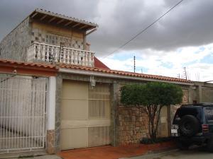 Casa En Ventaen Turmero, Los Overos, Venezuela, VE RAH: 21-11022