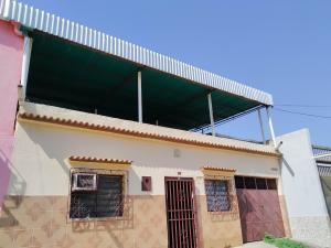Casa En Ventaen Maracay, La Coromoto, Venezuela, VE RAH: 21-11026