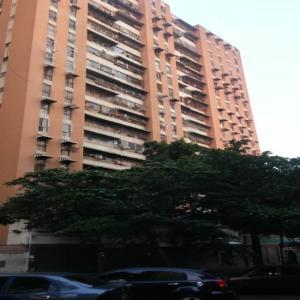 Apartamento En Ventaen Caracas, Parroquia Santa Rosalia, Venezuela, VE RAH: 21-11062
