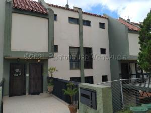 Apartamento En Ventaen San Antonio De Los Altos, La Arboleda, Venezuela, VE RAH: 21-11091