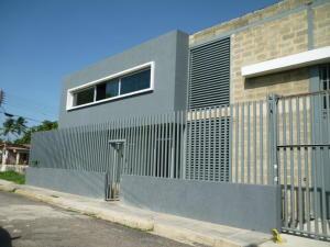 Galpon - Deposito En Alquileren Cagua, La Carpiera, Venezuela, VE RAH: 21-11078