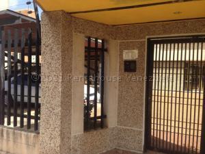 Apartamento En Alquileren Maracaibo, La Paragua, Venezuela, VE RAH: 21-11079